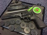 Preloved Umarex Smith & Wesson 586 .177 Pellet Revolver with Spare Barrel & 10 Magazines - Used